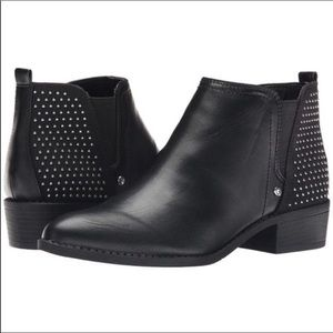 Shoes - Like new stud ankle boots